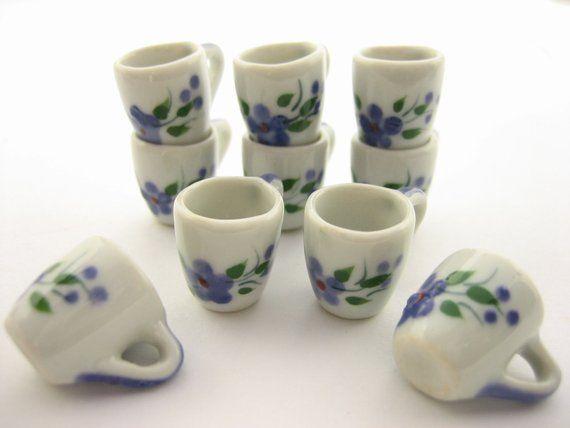4//9 Xmas Tea Cup Teapot Saucer Scallop Plate Dollhouse Miniature Ceramic #S 3883