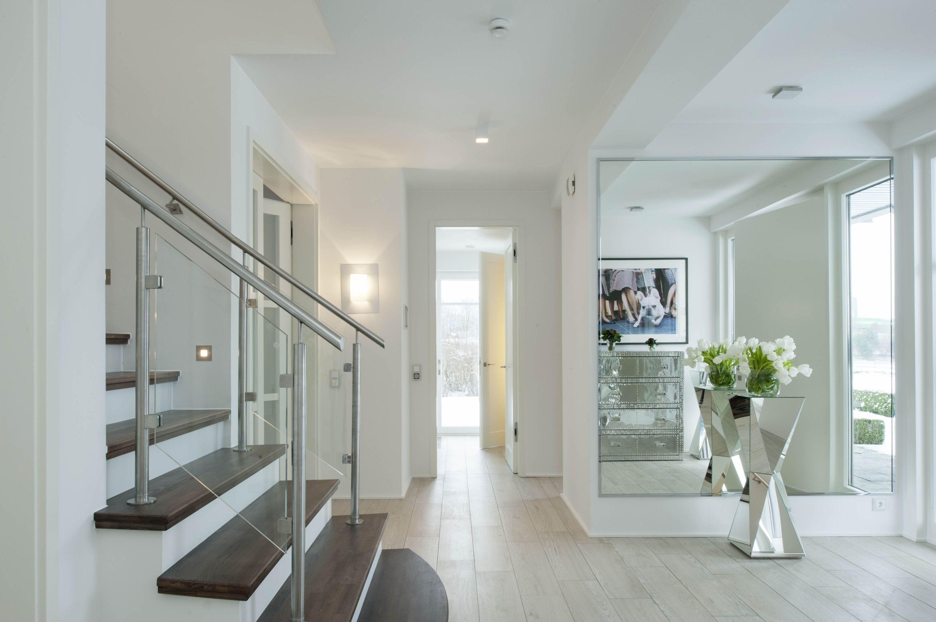 Eingangsbereich haus 222 pinterest haus haus ideen for Fachwerkhaus modern einrichten
