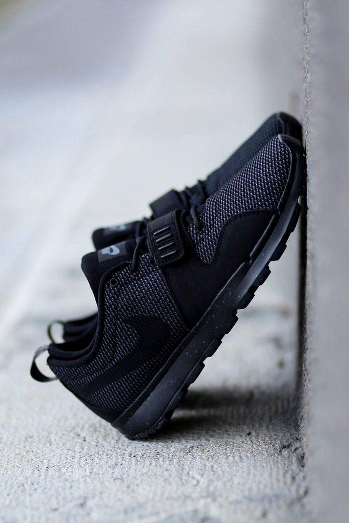 Nike SB Trainerendor  Nike SB Trainerendor Black on Black