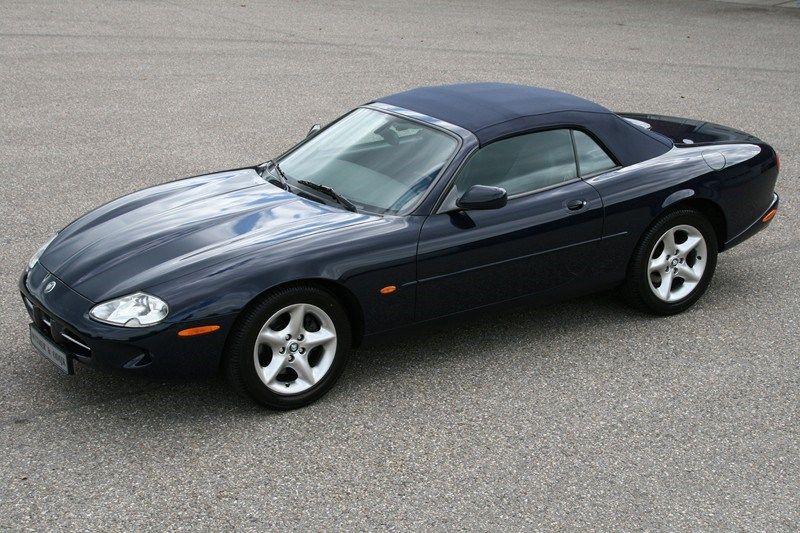 Te koop Jaguar Xk8 Cabriolet met navigatie '00 72000km NL