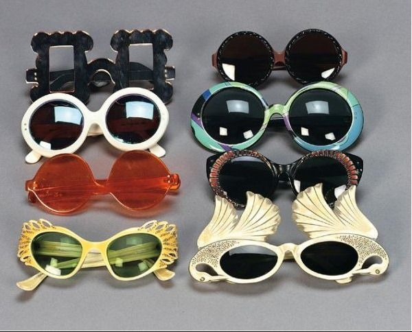 designertextiles:    vintage Vivienne Westwood picture frame glasses (top left)  I found this as a collection of vintage glasses for sale.  in this collection , Dior, Ray Ban, Vivienne Westwood, 60s sun glasses and more ;)
