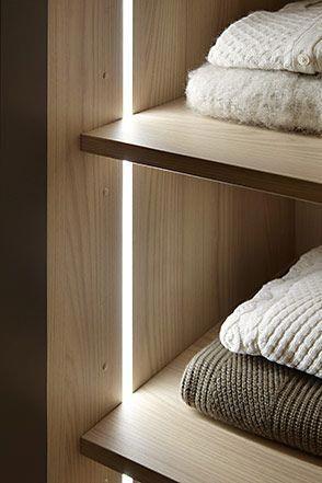 Iluminaci n armarios shelves in 2019 wardrobe lighting - Iluminacion interior armarios ...