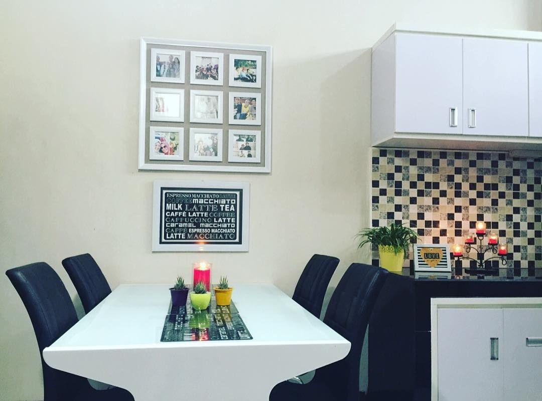 Desain ruang makan minimalis menyatu dengan dapur kecil for Dekor kamar hotel buat ulang tahun
