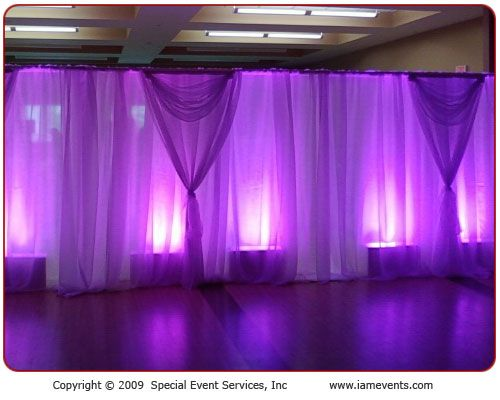 5 Fab Ways to Showcase Your Color - #1 Pipe & Drape ...