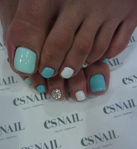 Simple Toe Nails Art