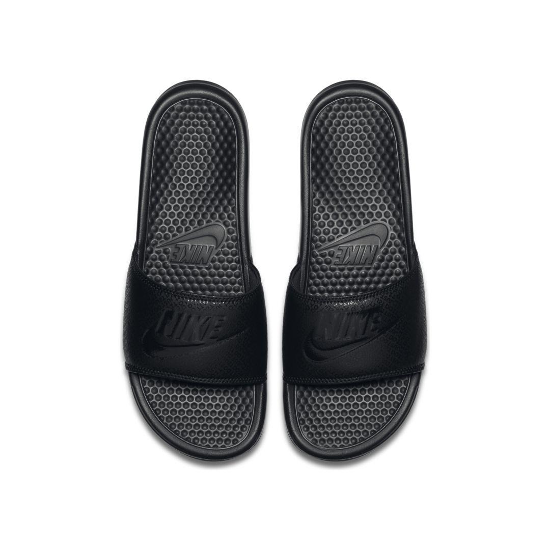 slippers nike benassi