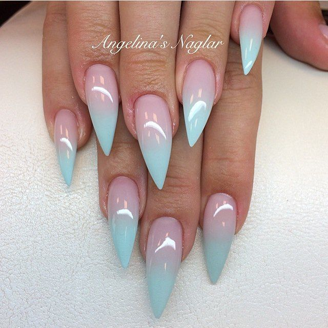 Such a beautiful pastel ombré look! By @naglargoteborg
