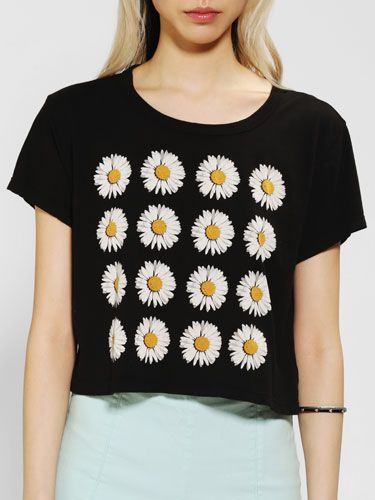 Truly Madly Deeply Daisy Cropped Tee, $29