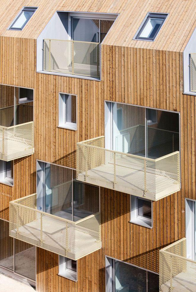 Photo of 34 Social Housing Units in Bondy / Atelier Du Pont