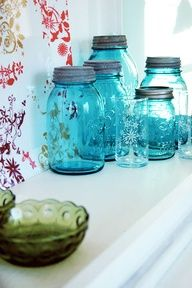 I just love vintage Mason jars and this shade is beautiful with the light filtering through them.