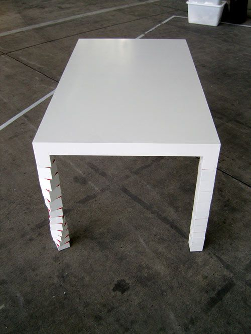 Pixa 1 Table by Martin Schmitz: A simple Parson's table with legs made of rotating squares.