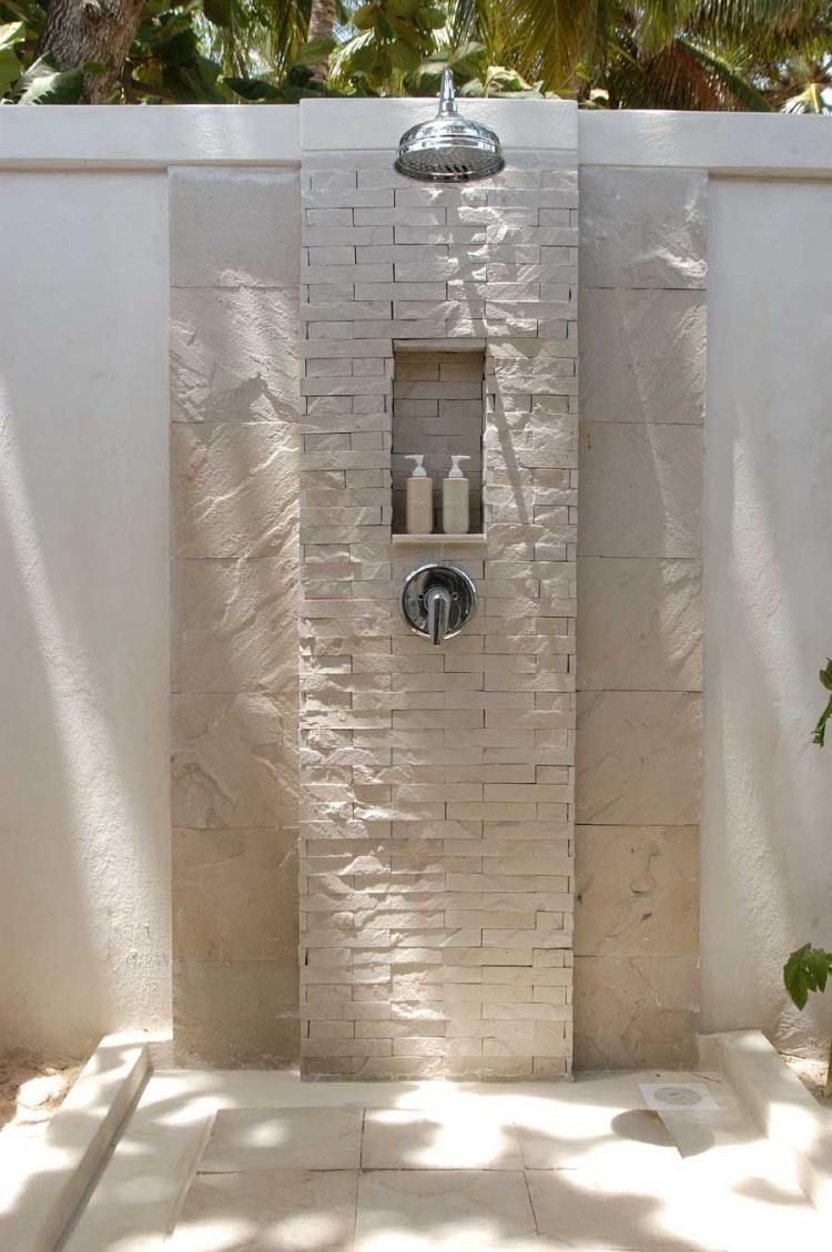 Bagno Esterno In Giardino douche extérieure 25 photos inspirantes pour été splendide