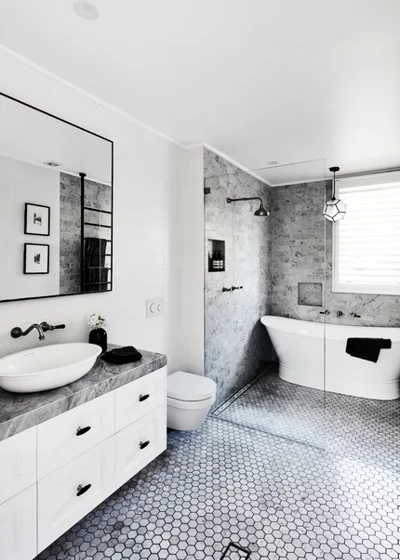 8 Narrow Bathrooms That Rock Tubs in the Shower