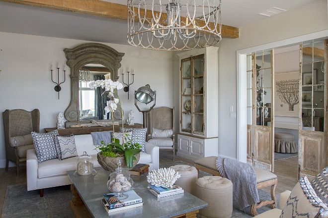 Decorated Mantel: Mirror Mirror On The Wall