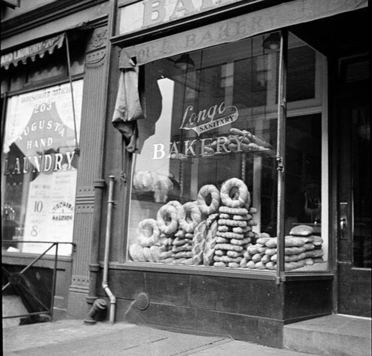 1935 Longo Sanitary Bakery 201 Bleecker Ave George Herlick For Federal Art Project Mcny Nyc Sanitary Bakery