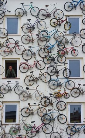 EXCELLENT PR DESIGN. COULD ALSO BE APPLIED TO INTERIOR Awesome Bike Art