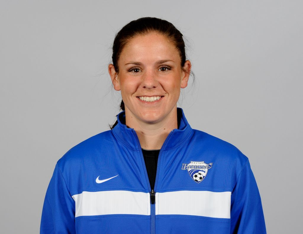 Cat Whitehill; Defender; #4 Assistant Coach #repin #comment http://www.bostonbreakerssoccer.com/index.html