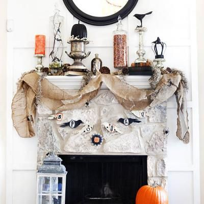 Halloween Home Decor Decoration Ideas from @TipJunkie Halloween - halloween indoor decorating ideas
