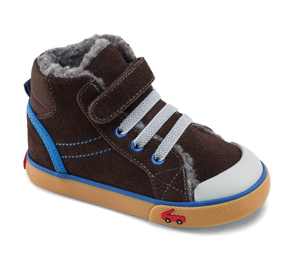 04c48f00d21966 The See Kai Run Dane (Toddler Little Kid) features padded collars and  tongues