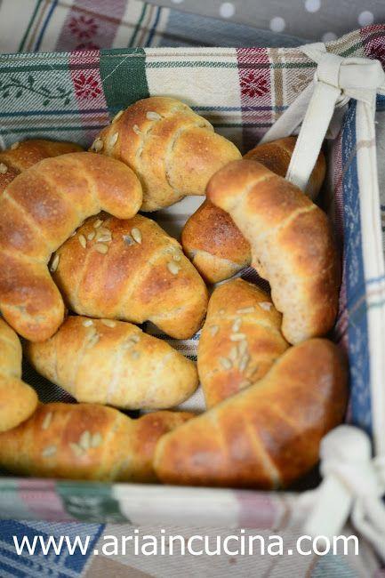 Blog di cucina di Aria: Brioches integrali salate