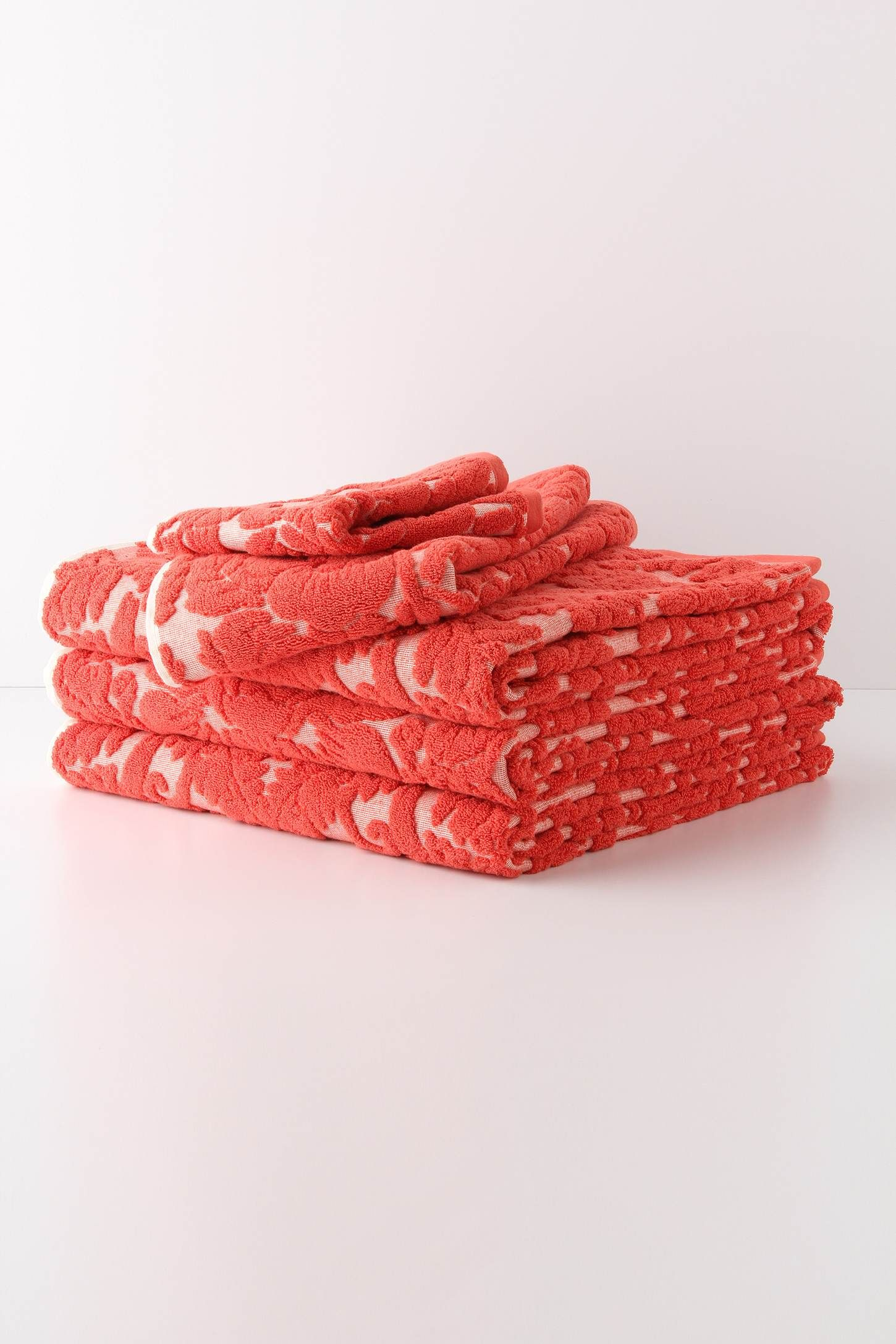Perpetual Blooms Towels In Coral Anthropologie Coral - Coral bath towels for small bathroom ideas