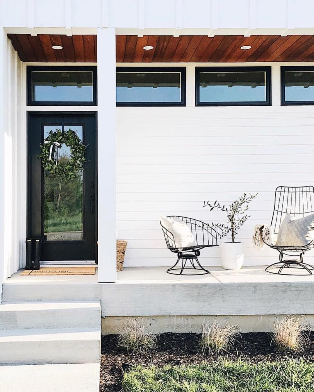 Mcgee Co On Instagram Mysimplysimple S Porch Is Screaming