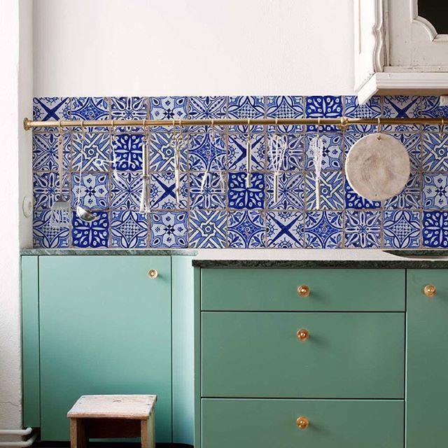 Behangfabriek On Instagram Kitchenwalls Special Backsplash Wallpaper Italy Tiles Kitchenwalls Backs Backsplash Wallpaper Kitchen Vinyl Kitchen Wall Decals