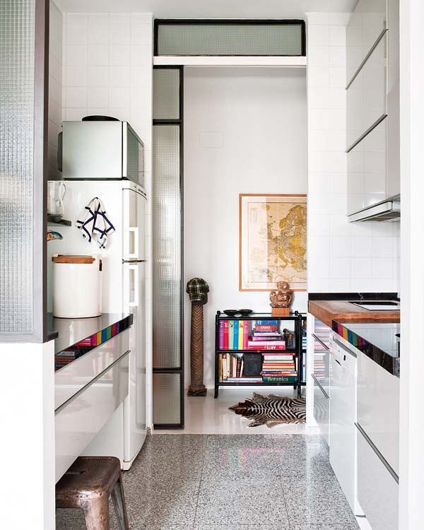 T V Unit Side Veiw Modern Living Room By Ssdecor Modern: An Eclectic Modern Apartment