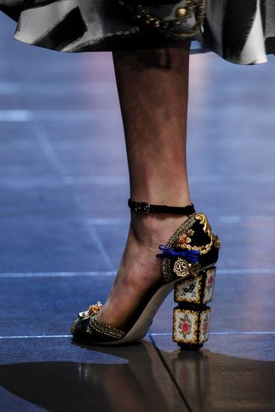Dolce Gabbana Spring 2016 Fashion Shoes Dolce And Gabbana Cute Shoes