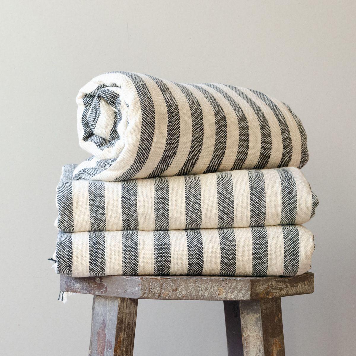 Nora Linen Towel With Images Linen Towels Turkish Towels Towel