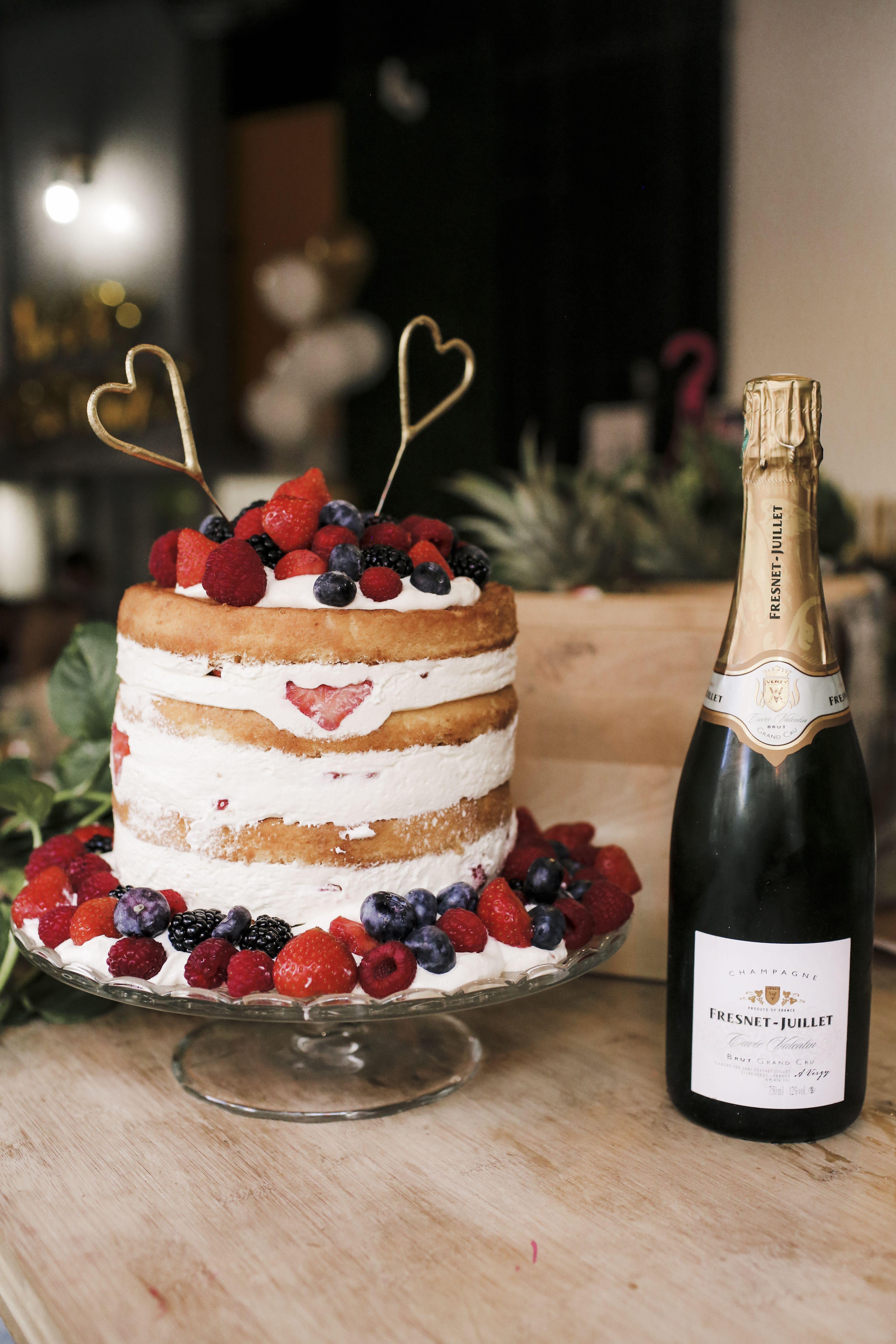 Naked cake aux baies Recette | Dr. Oetker