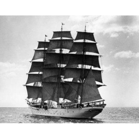 Tall ship sailing in the sea Canvas Art - (18 x 24)