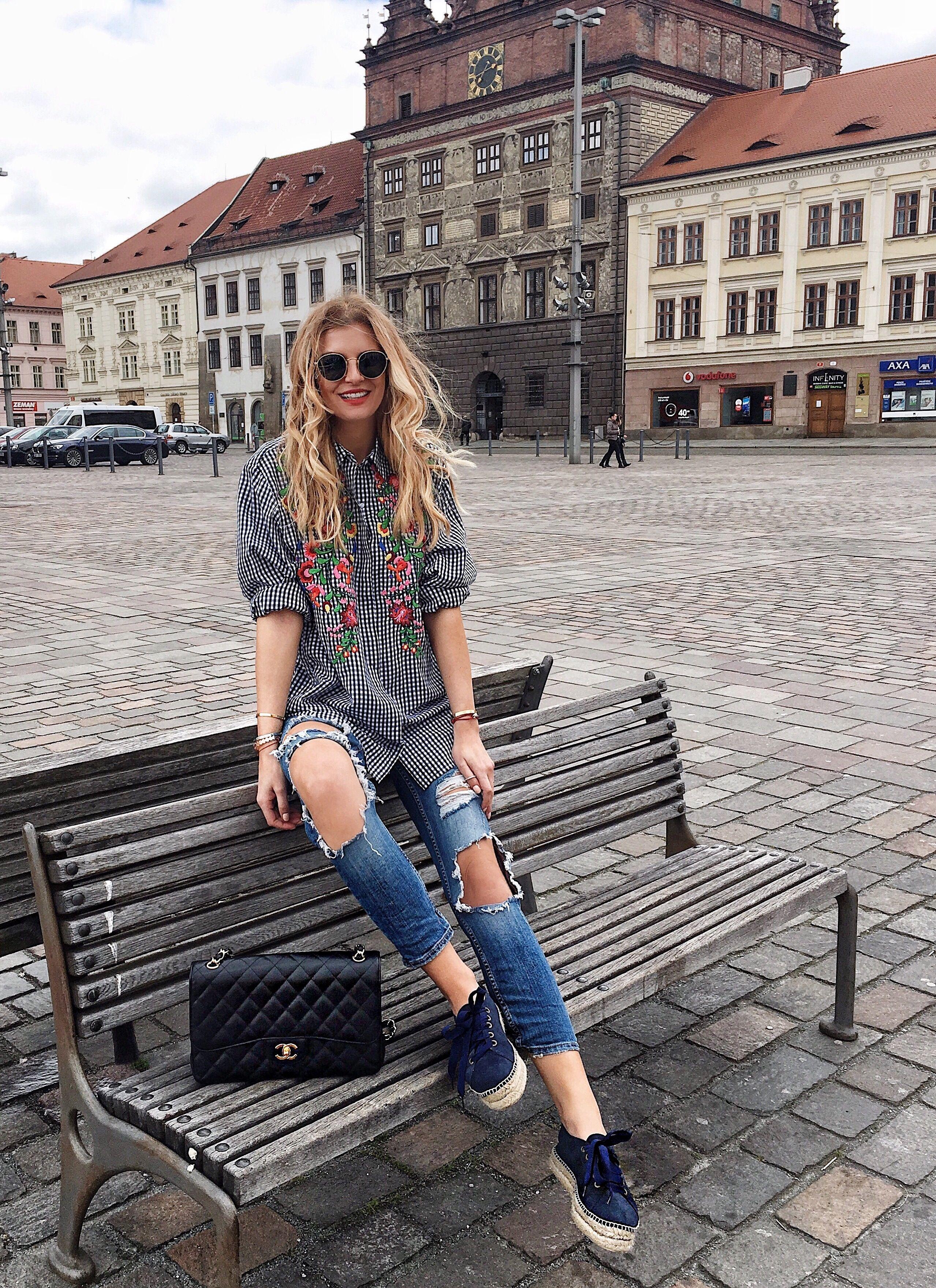 Flower shirt « CzechChicks | Simple * Look | Pinterest