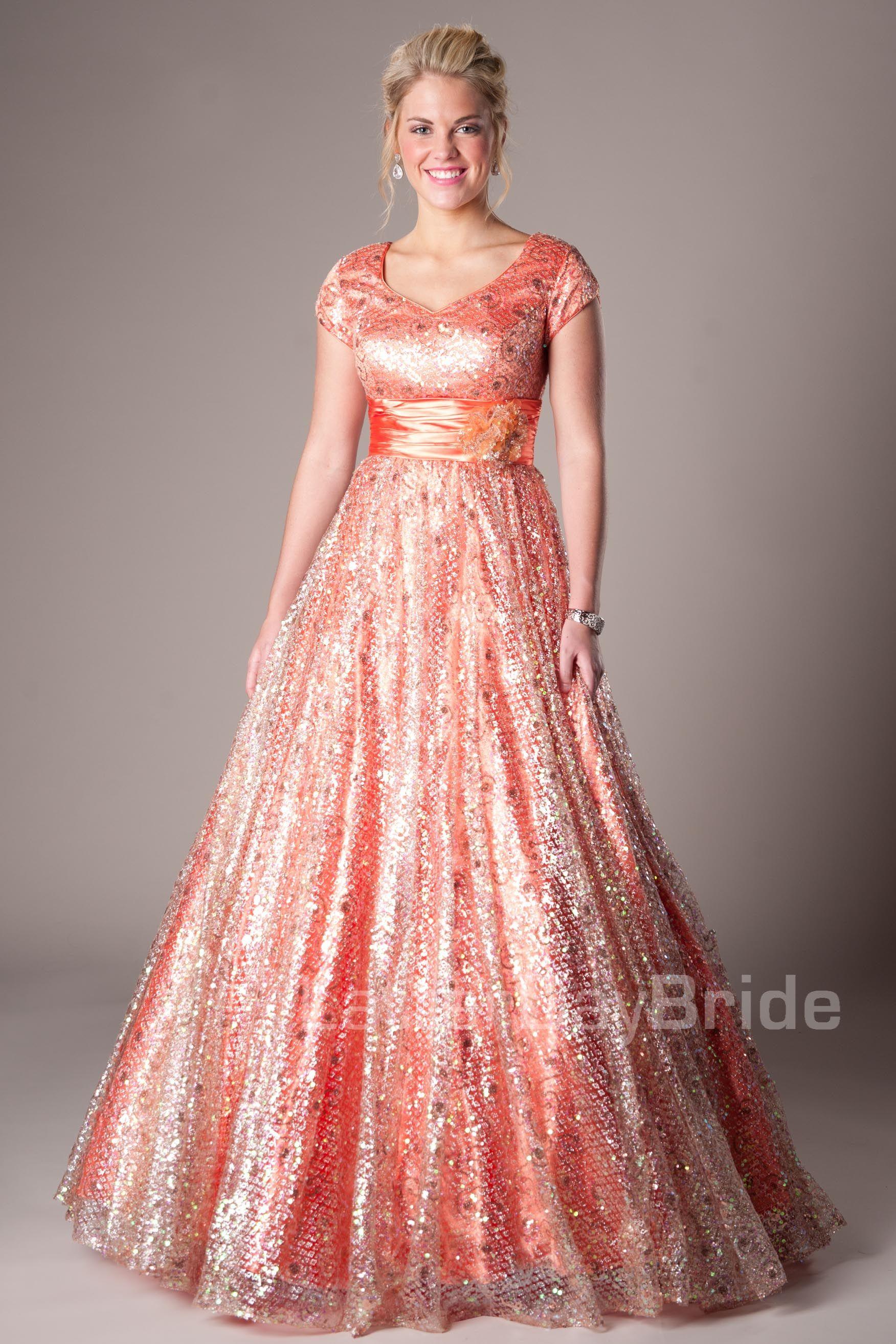 Bailey | LDS Bride | Pinterest | Estilos de vestido, Noche y ...
