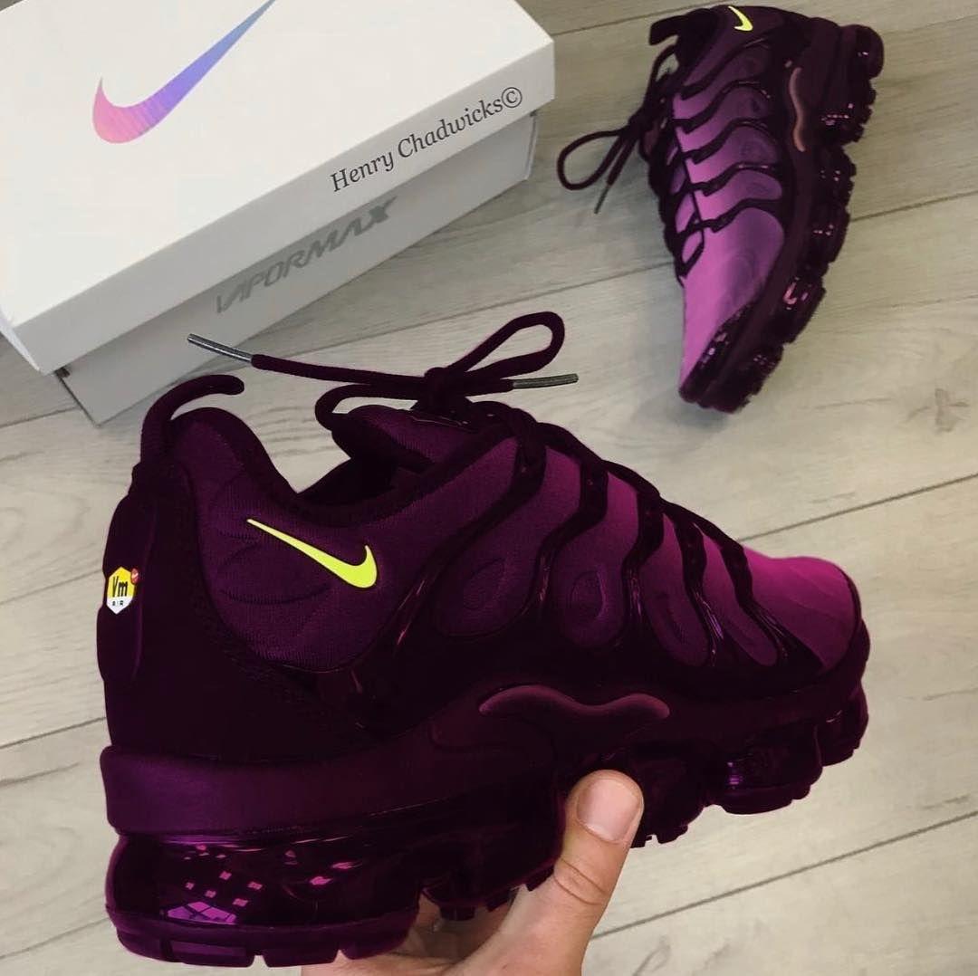henry chadwick shoes nike womens