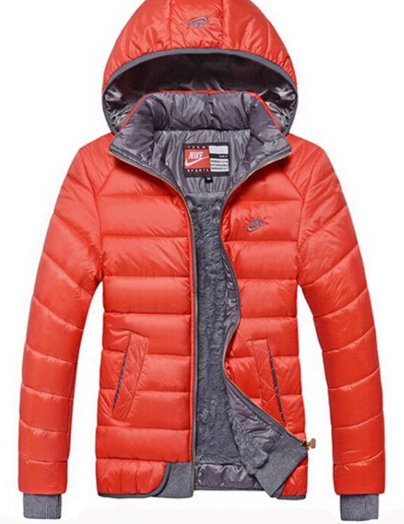Sportovní dámská zimní bunda  c7af3e790fc
