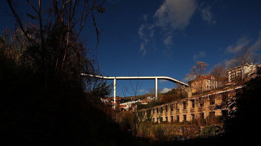 Puente Peatonal / JLCG Arquitectos + AFA ARQUITECTOS