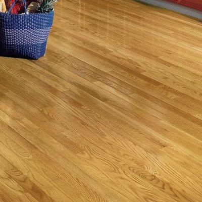 Bruce Flooring Dundee 2 1 4 Solid Red Oak Hardwood Flooring Color Seashell Hardwood Floors Solid Hardwood Floors Red Oak Hardwood Floors