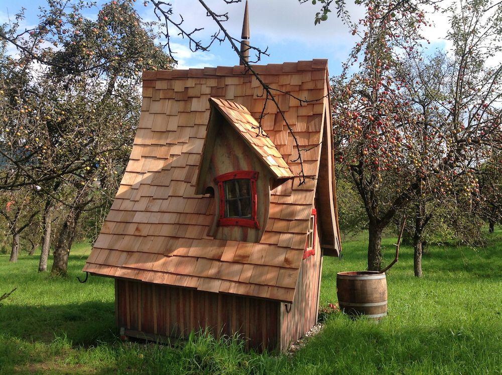 Casa kandelis abri de jardin insolite abri de jardin cabane de jardin casa mirabilia - Cabane de jardin grenoble ...
