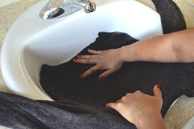 How To Unshrink Merino Wool Household Tips Pinterest Wool