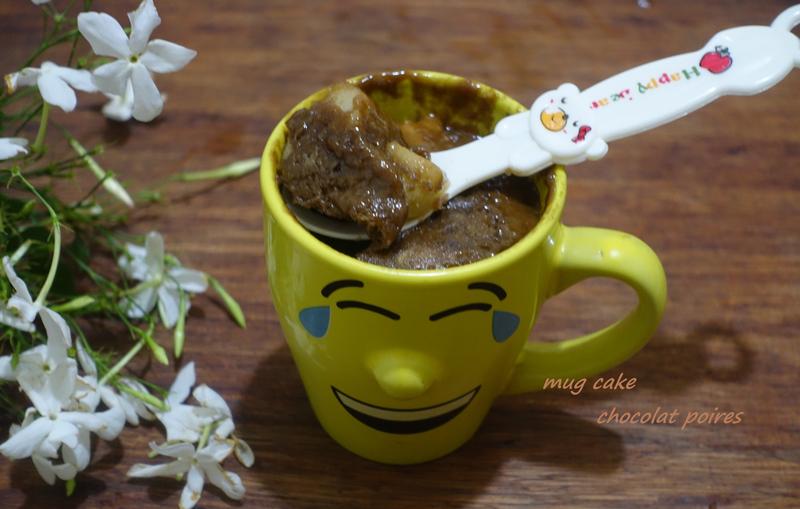 MUG CAKE CHOCOLAT POIRE - Cuisine De Zika #mugcake
