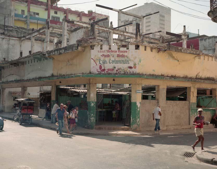 Mercado donde el cubano de a pie compra de vez en cuando. #Cuba #LaHabana pic.twitter.com/T7mx2TVpGV