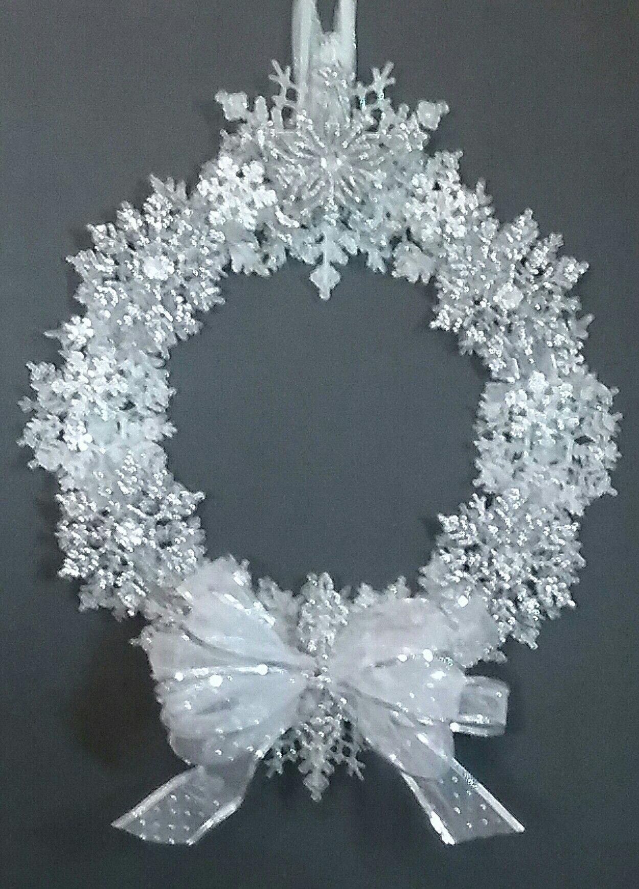 Sparkly snowflake wreath Christmas wreaths diy
