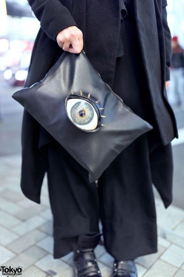 eye bag in Tokyo street fashion