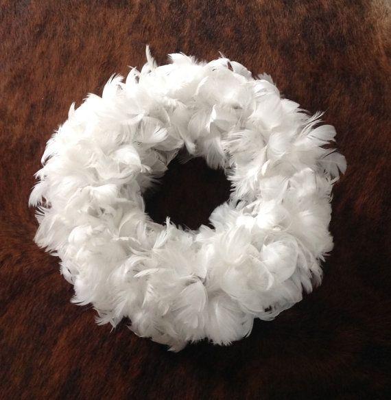 Real Feather Wreath With White Swan van DeKeukenVanHegge op Etsy