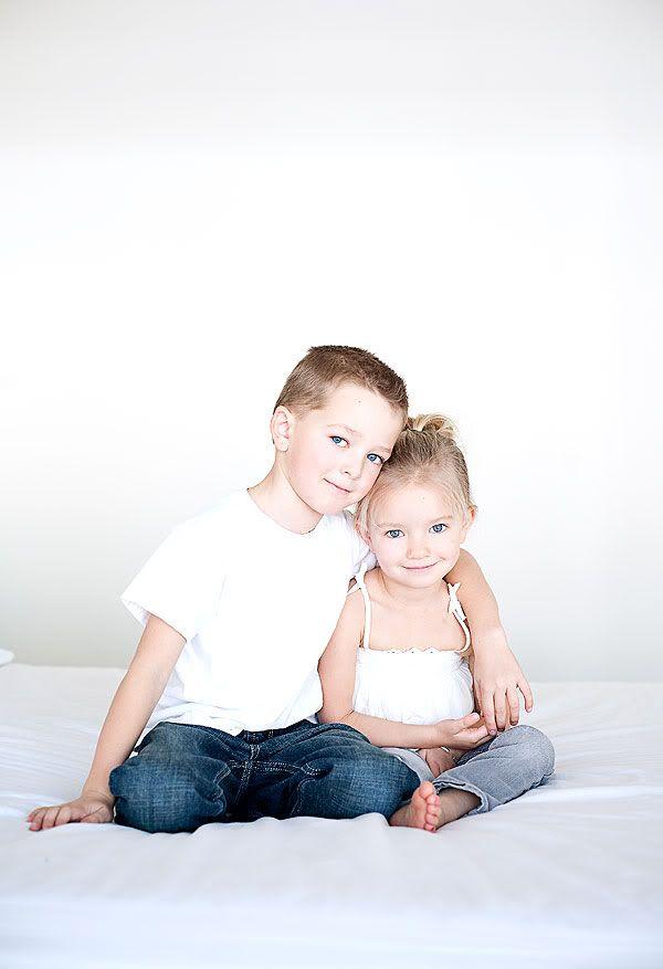Siblings Love This Pose For Big Brotherlil Sister -4574