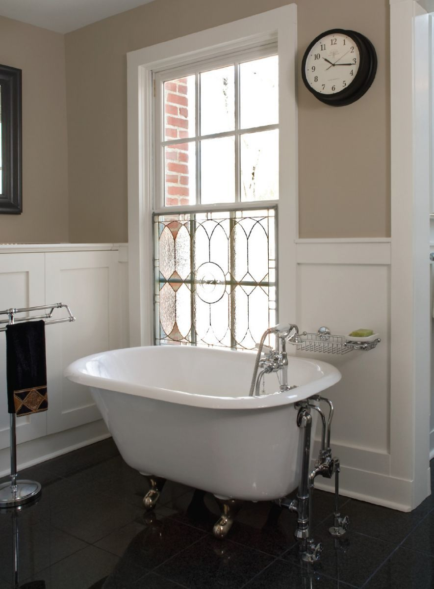 Elegant Small Bathroom Clawfoot Tub