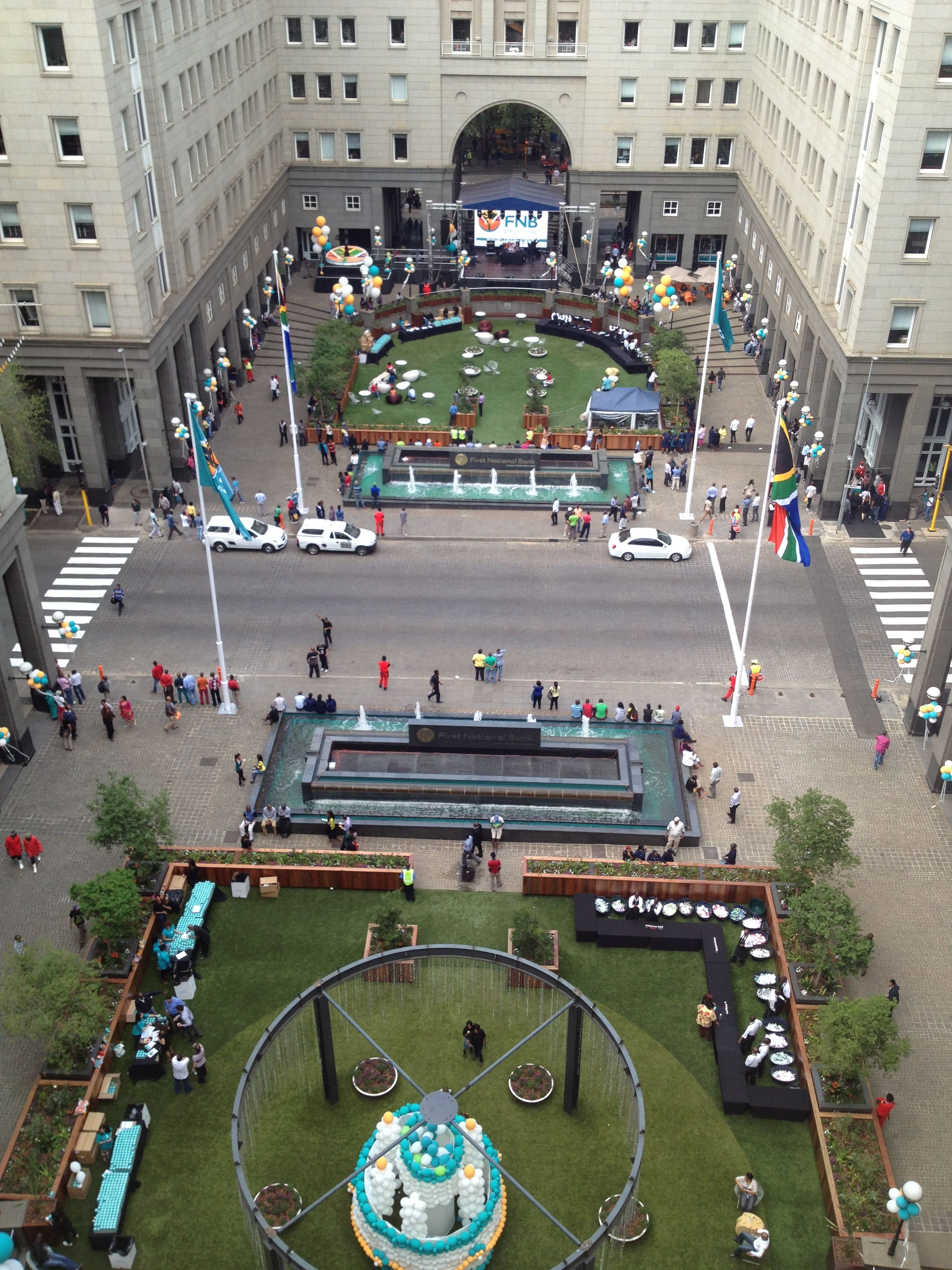Fnb bank city johannesburg south africa greeninc for Landscape architects south africa