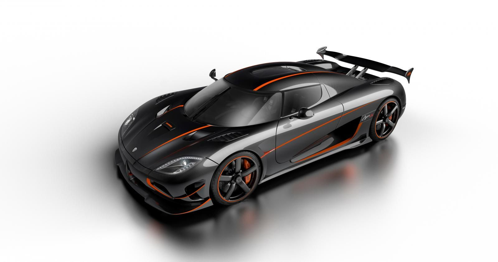 The Agera RS is a New Road-Legal Beast by Koenigsegg