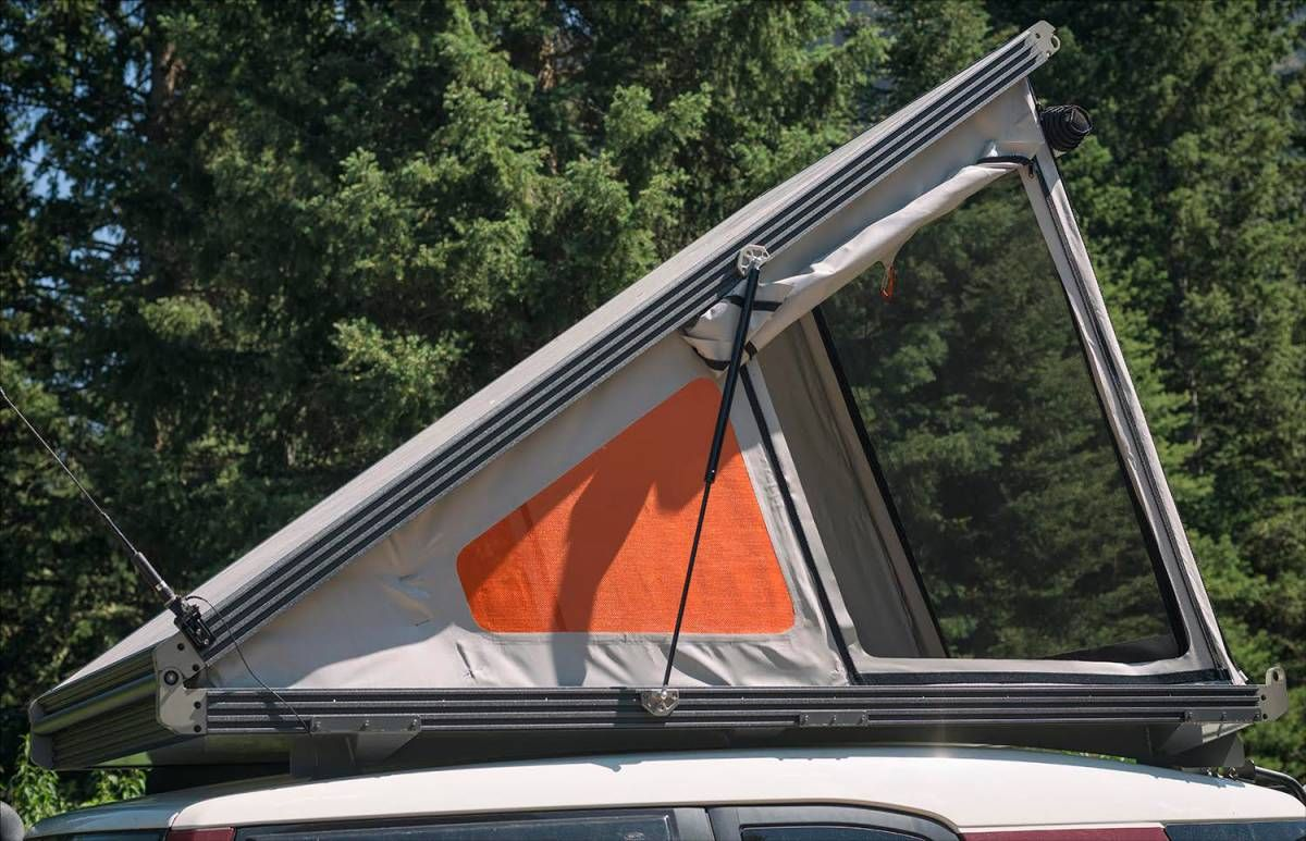 Thinnest Rooftop Tent Go Fast Campers Platform Gets Skinny Gearjunkie Roof Top Tent Tent Diy Roof Top Tent